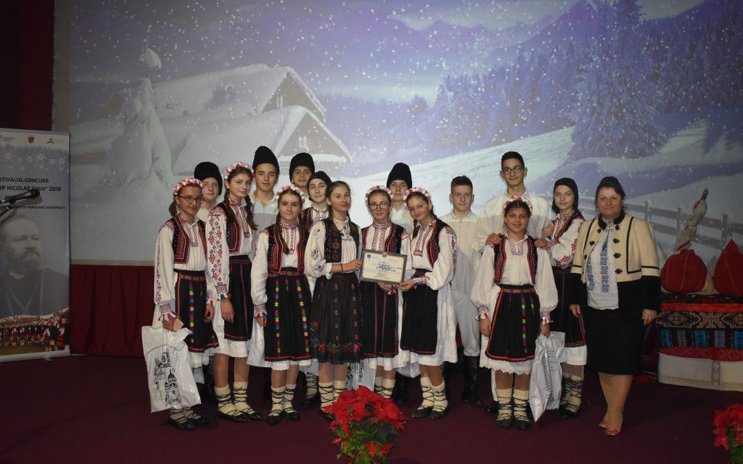"""Elevii sălăjeni premiaţi la Festivalul-Concurs de colinde și tradiții de Crăciun """"Episcop Nicolae Ivan""""din Cluj-Napoca"""