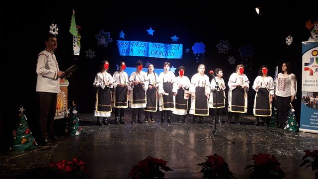 """Copii de la CSEI """"Speranţa"""" Zalău, premiați la Festivalul Internaţional """"Naşterea Domnului – Dar de Crăciun"""" Oradea"""