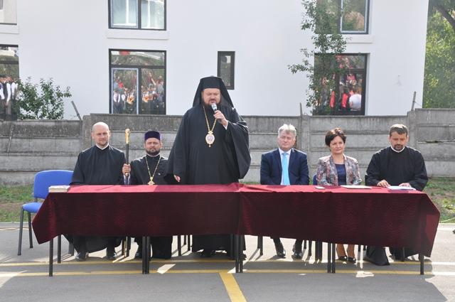 """Festivitatea de deschidere a noului an școlar la Liceul Ortodox """"Sfântul Nicolae"""" din Zalău"""