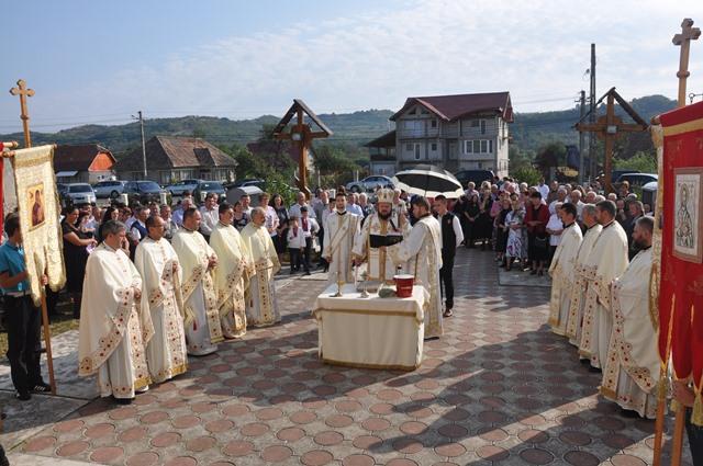 Resfințirea bisericii din Parohia Bălan