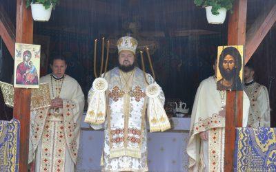 Liturghie Arhierească în Parohia Plopiș