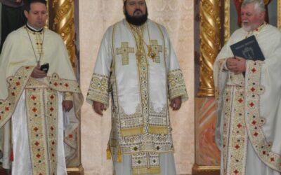 """Binecuvântare arhierească în biserica """"Adormirea Maicii Domnului"""" din Zalău"""