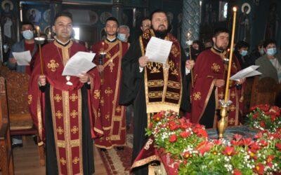 """Denia Prohodului Domnului în Parohia """"Sfântul Apostol Toma"""" și """"Sfântul Ierarh Nicolae"""" din Zalău"""